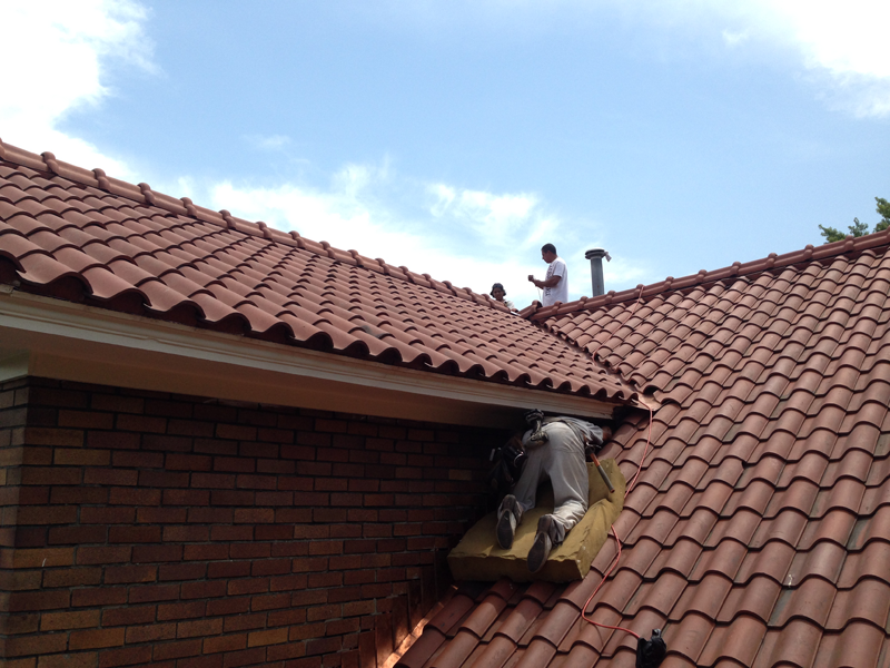 Carlon roofing sheet metal ludowici spanish tile roof for Spanish tile roofs